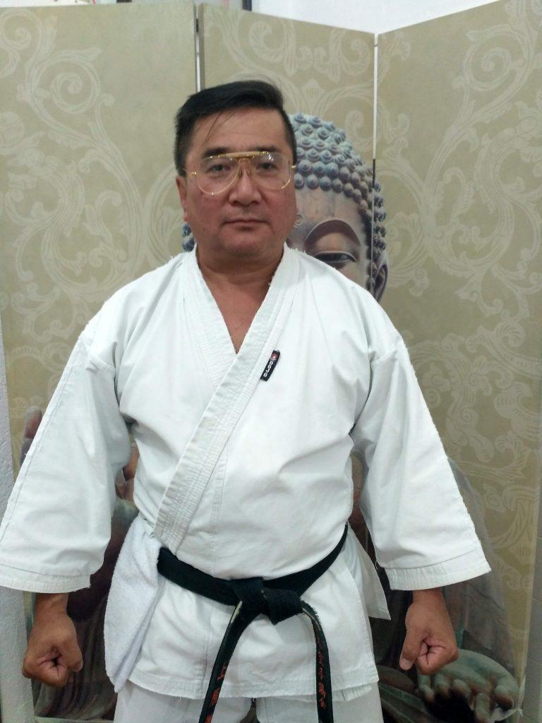academia-sekaika-karate-shotokan-sensei-instrutor-Yoshihiko-Uehara